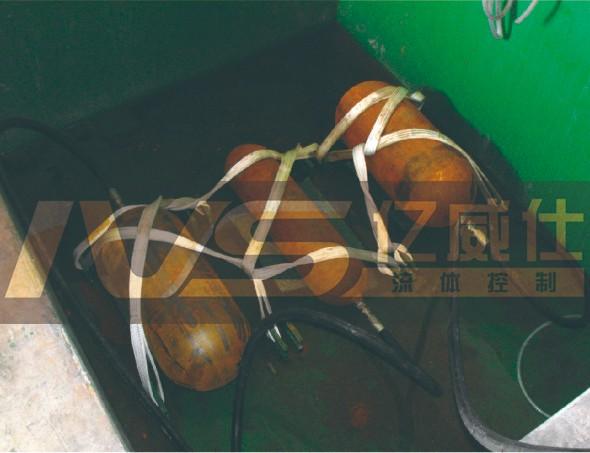 压力容器/蓄能器寿命(疲劳/脉冲)试验机测试现场图1